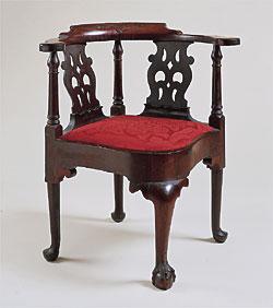 Leigh keno furniture