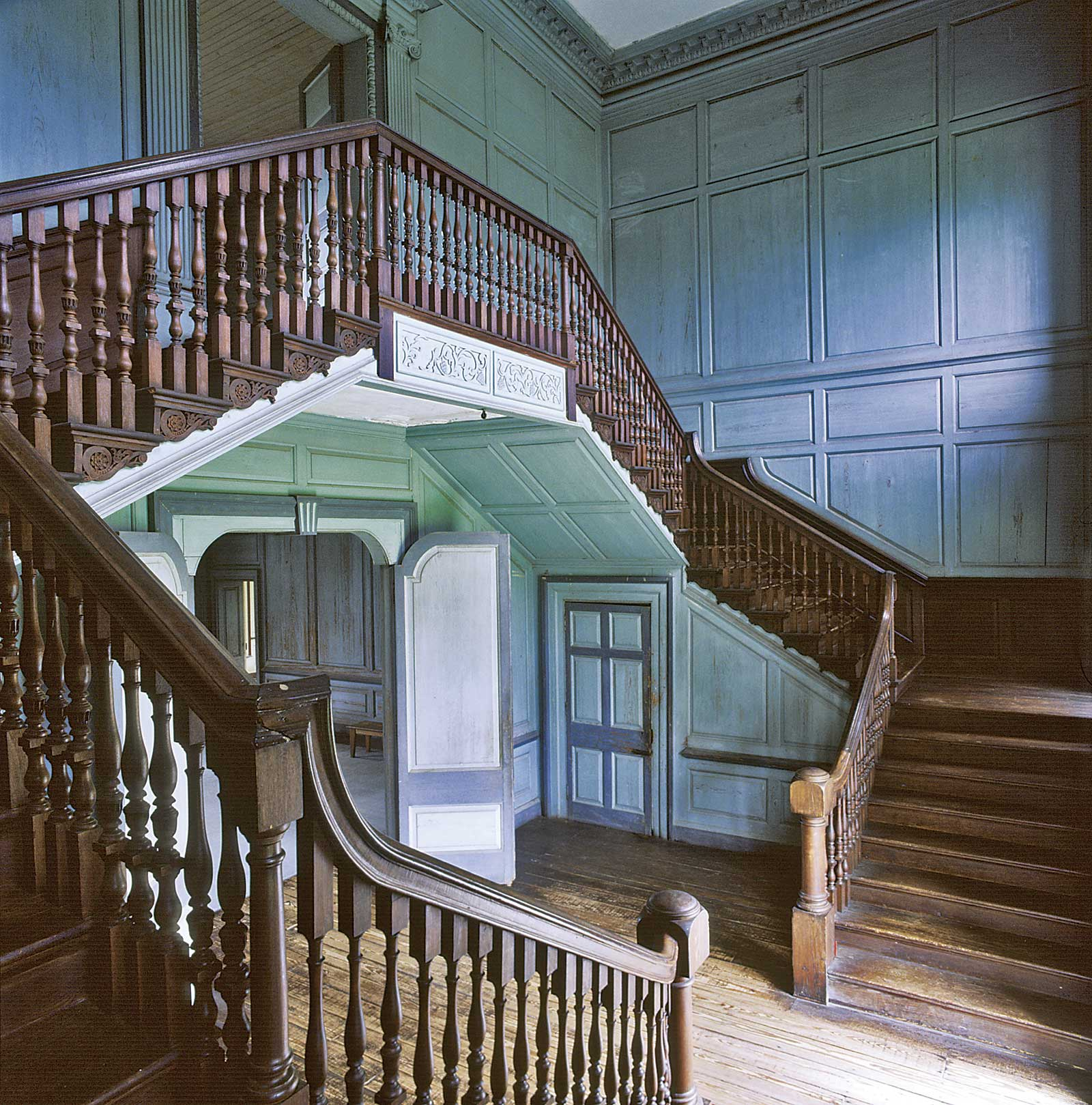 Museum Focus Drayton Hall By Staff From Antiques Fine Art Magazine