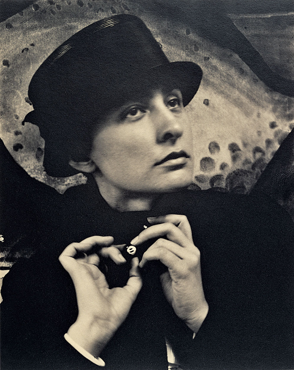 a short autobiography of georgia totto okeefe an american artist Georgia totto o'keeffe was born on november 15, 1887, near georgia o'keeffe biography she became one of the first american artists to practice pure.